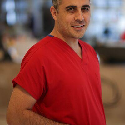 Op. Dr. Ilhami Komur