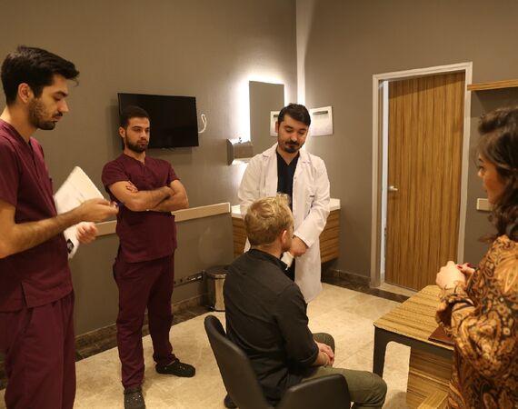 Op. Dr. Barish