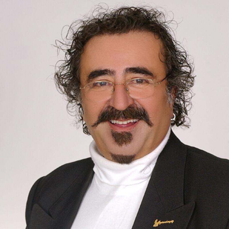 VIP Yildirim Ocek (bekende Turkse Acteur), haartransplantatie in Turkije