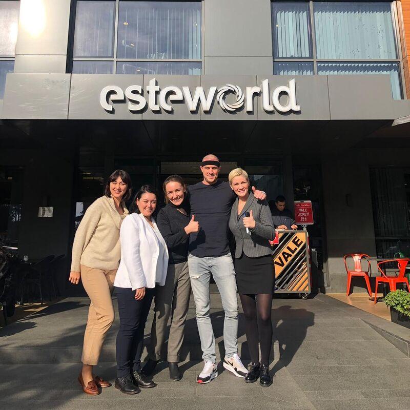 Bekende DJ Luna kiest voor Esteworld!